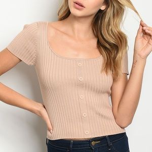 Nude scoop neck ribbed button detail top.